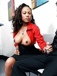 Black babe Lacey DuValle gets her pussy..